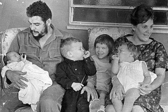 Aleida Guevara March Che familia