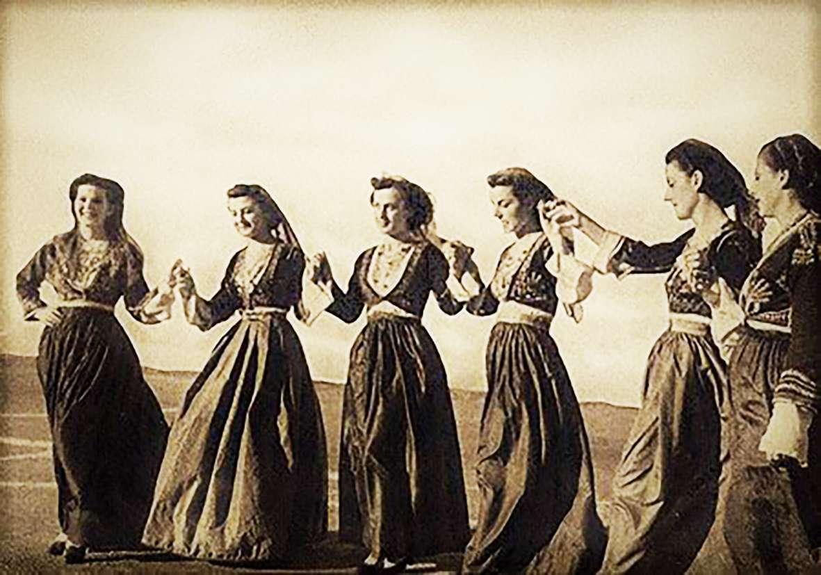 O χορός να μη σκολάσει
