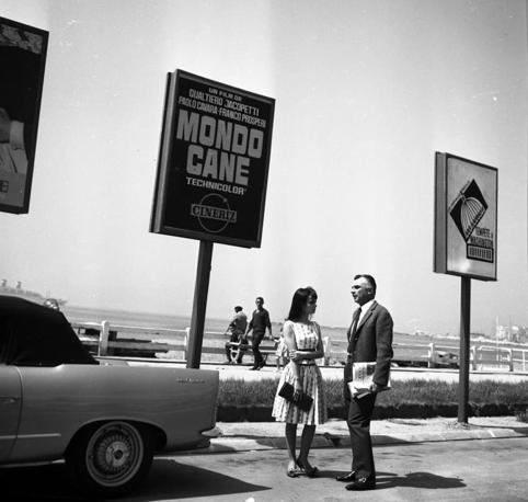 Mario Monicelli και Marisa Solinas XV Festival del cinema di Cannes Ιούλης 1962 φωτο Ansa