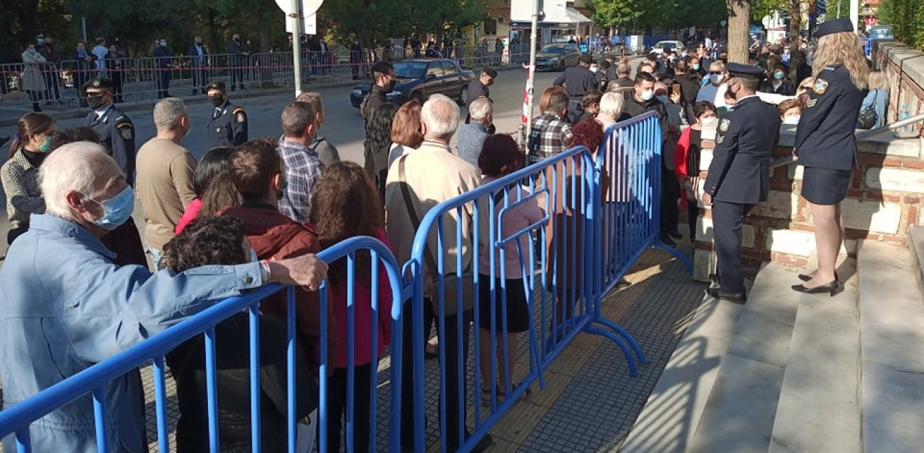 Κορονοϊός: Πού οφείλεται η έξαρση της πανδημίας στη Θεσσαλονίκη;
