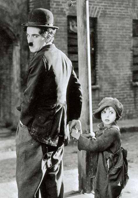 Chaplin The Kid Jackie Coogan 1921