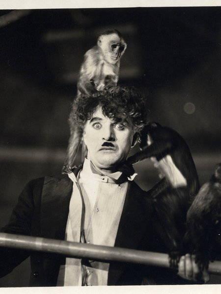 Chaplin big circus