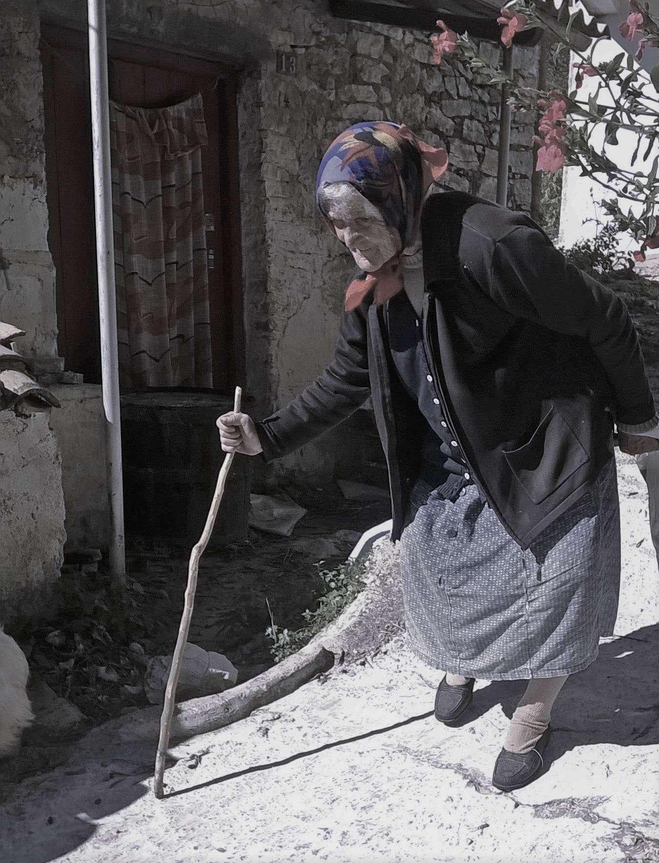 Γιαγιά Κέρκυρα σοκάκι