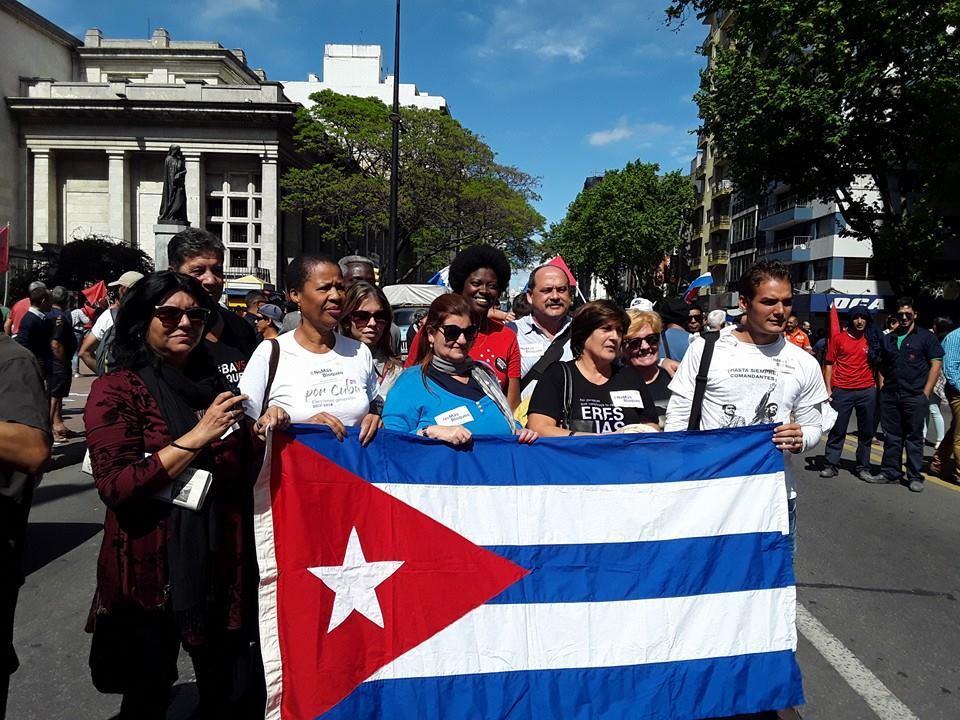 mujeres cubanas bandera Cuba