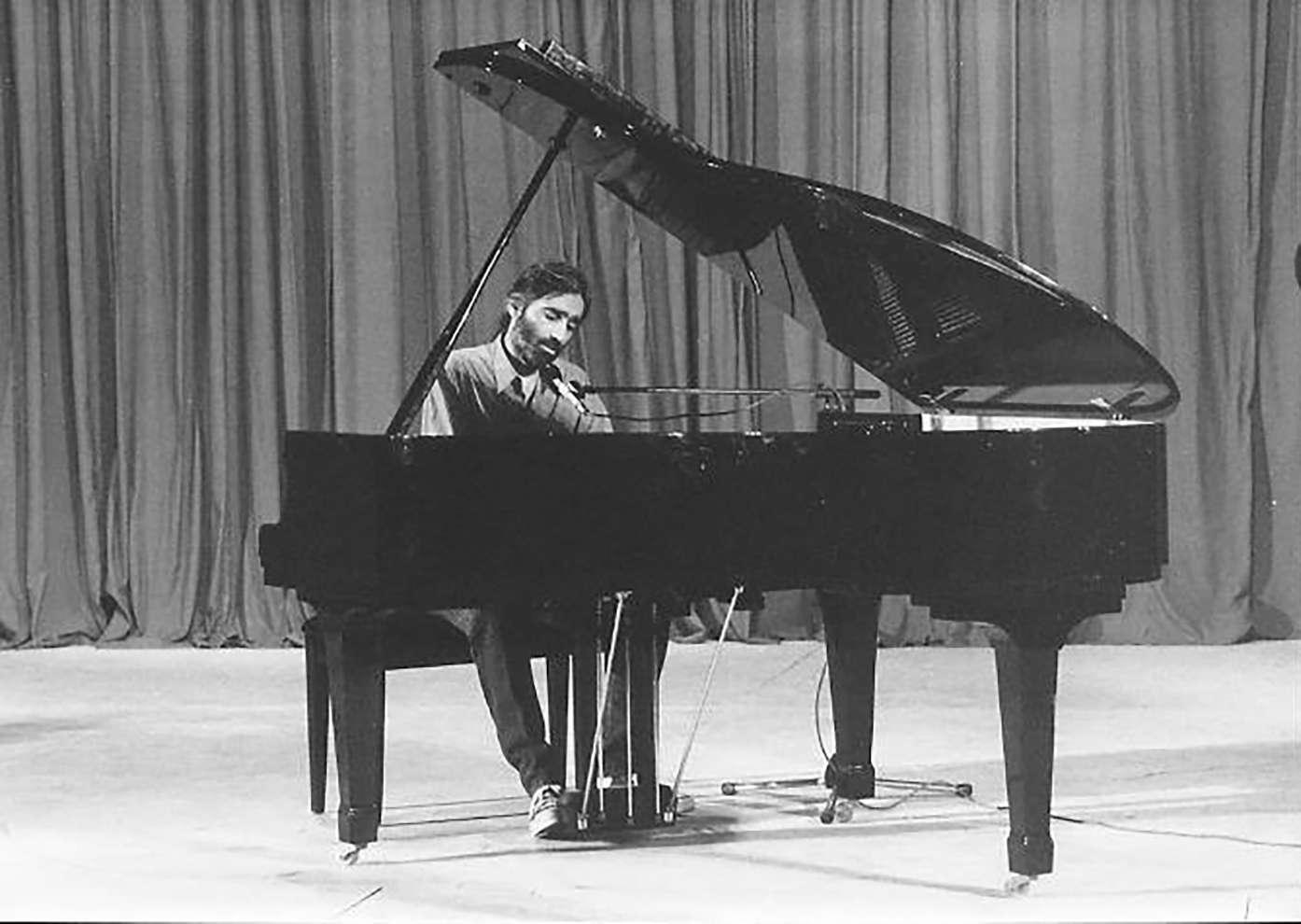 Δημ. Λάγιος στο πιάνο