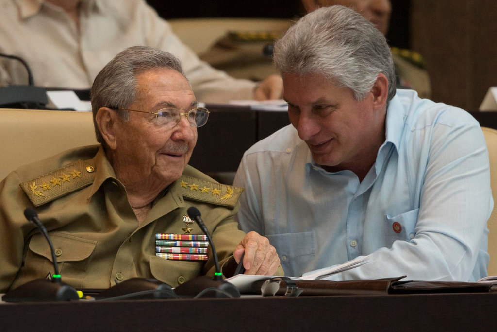 Díaz Canel & Raoul Castro