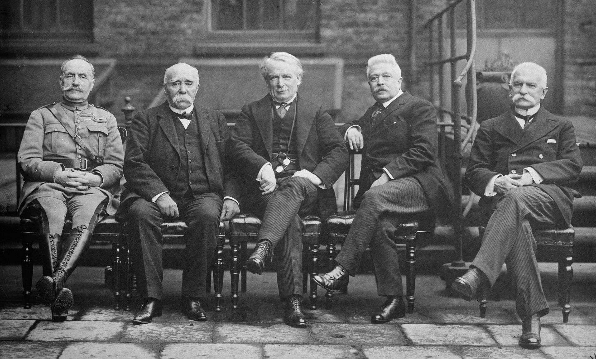 Marshal Ferdinand Foch Clemenceau Lloyd George Vittorio Emanuele Orlando Sidney Sonnino