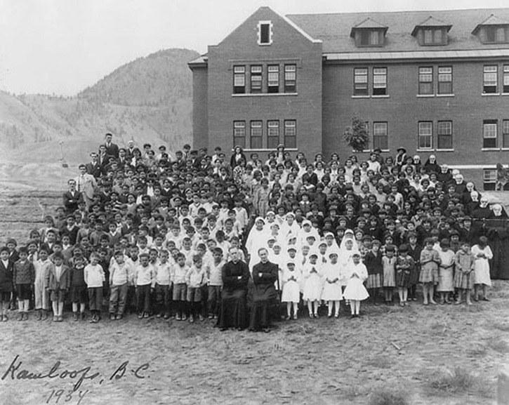 Μαζικός τάφος παιδιών αυτοχθόνων στον Καναδά kamloops indian residential school 2