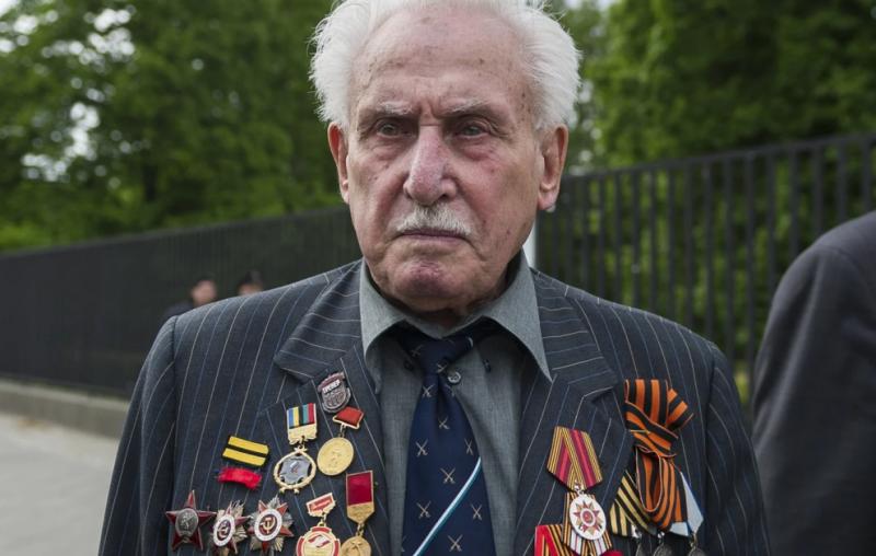 Πέθανε ο τελευταίος σοβιετικός στρατιώτης που συμμετείχε στην απελευθέρωση του Άουσβιτς