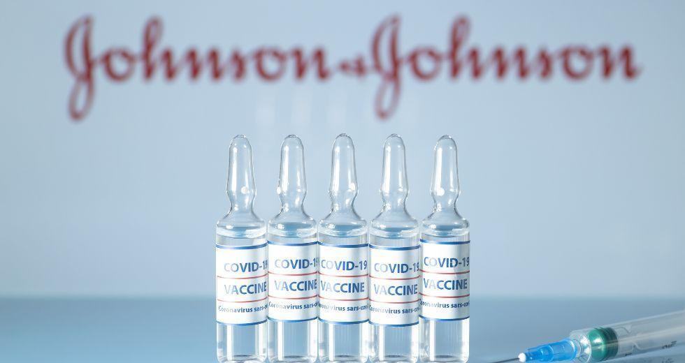 JOHNSON JOHNSON 3