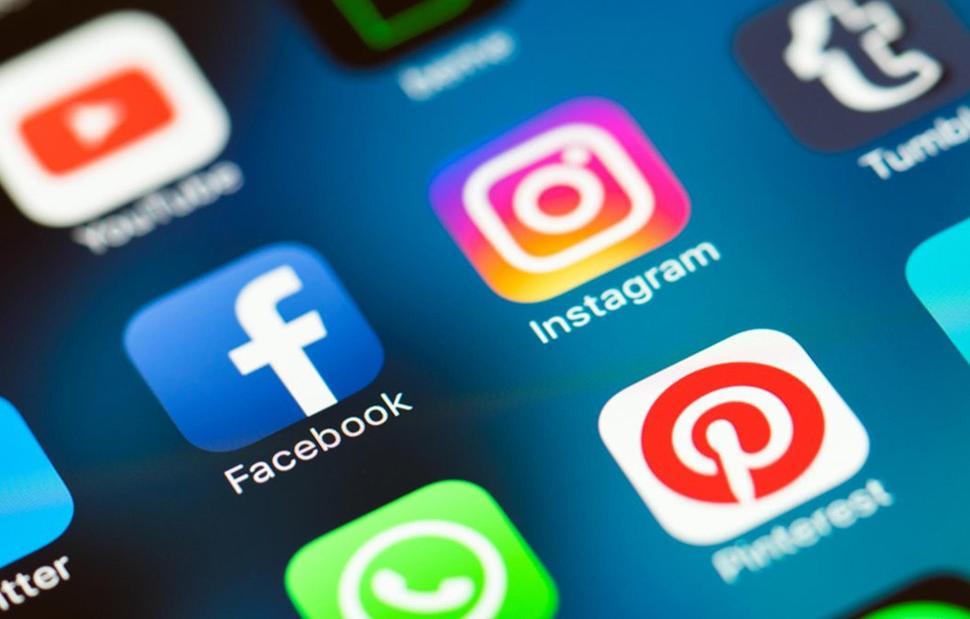 Facebook Instagram WhatsApp Messenger