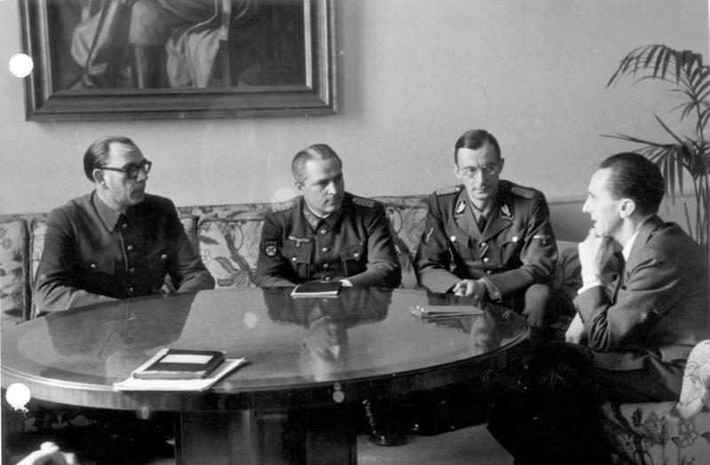 Wlassow und Schilenkow bei Goebbels Feb 1945